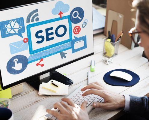 Magnifying glass over SEO